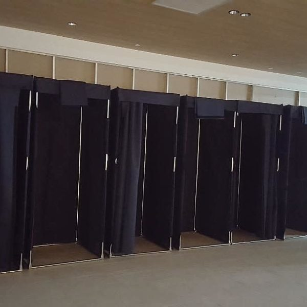 Rental Fitting Room